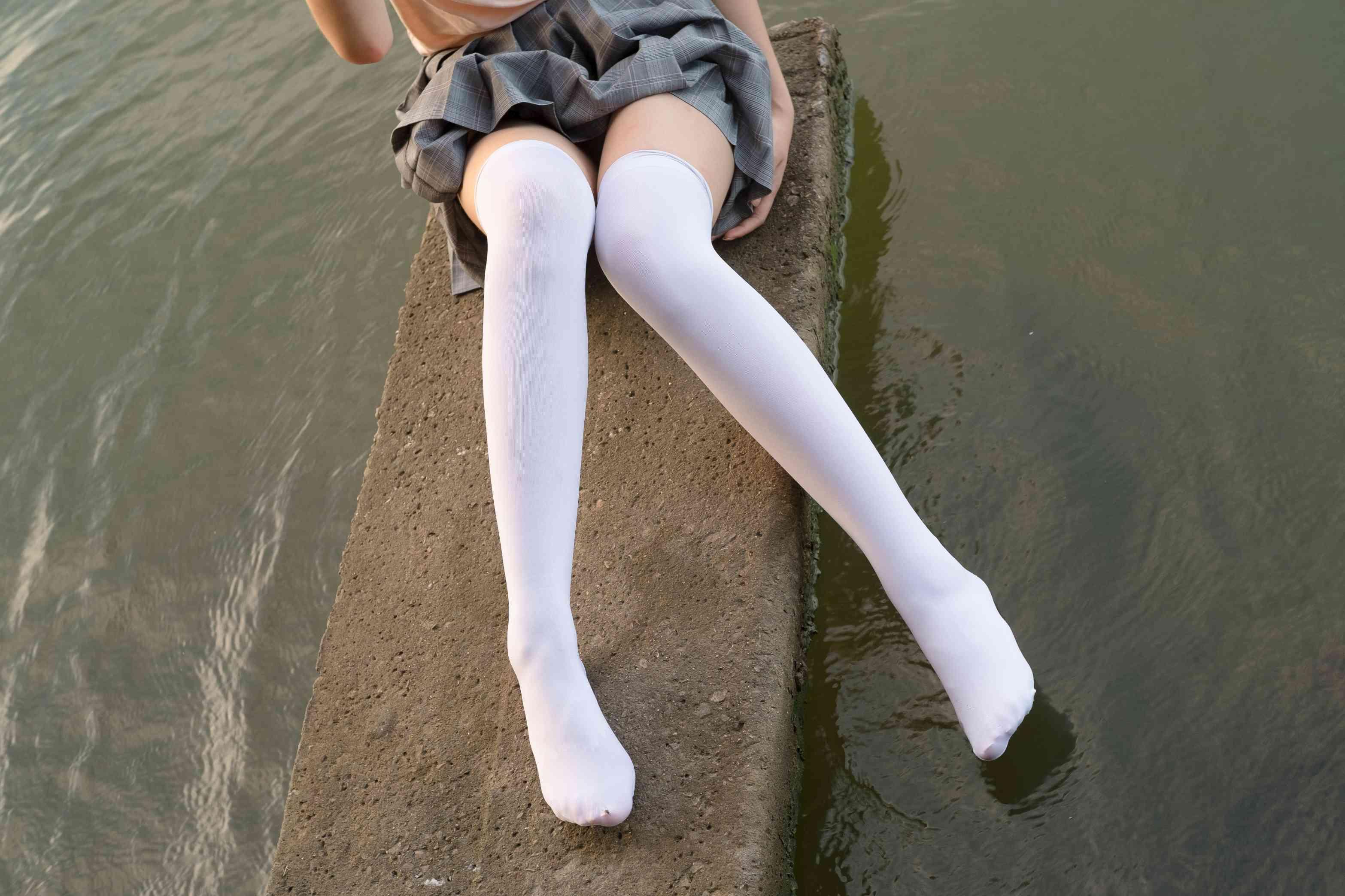 森萝财团 原版写真R15系列合集 25.46G-FANCHENBIZ